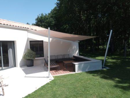 La voile d'ombrage : l'alliance du design et de la protection solaire